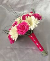 BRIDES ARTIFICIAL FLOWERS IVORY HOT PINK ROSE GERBERA WEDDING BRIDES BOUQUET